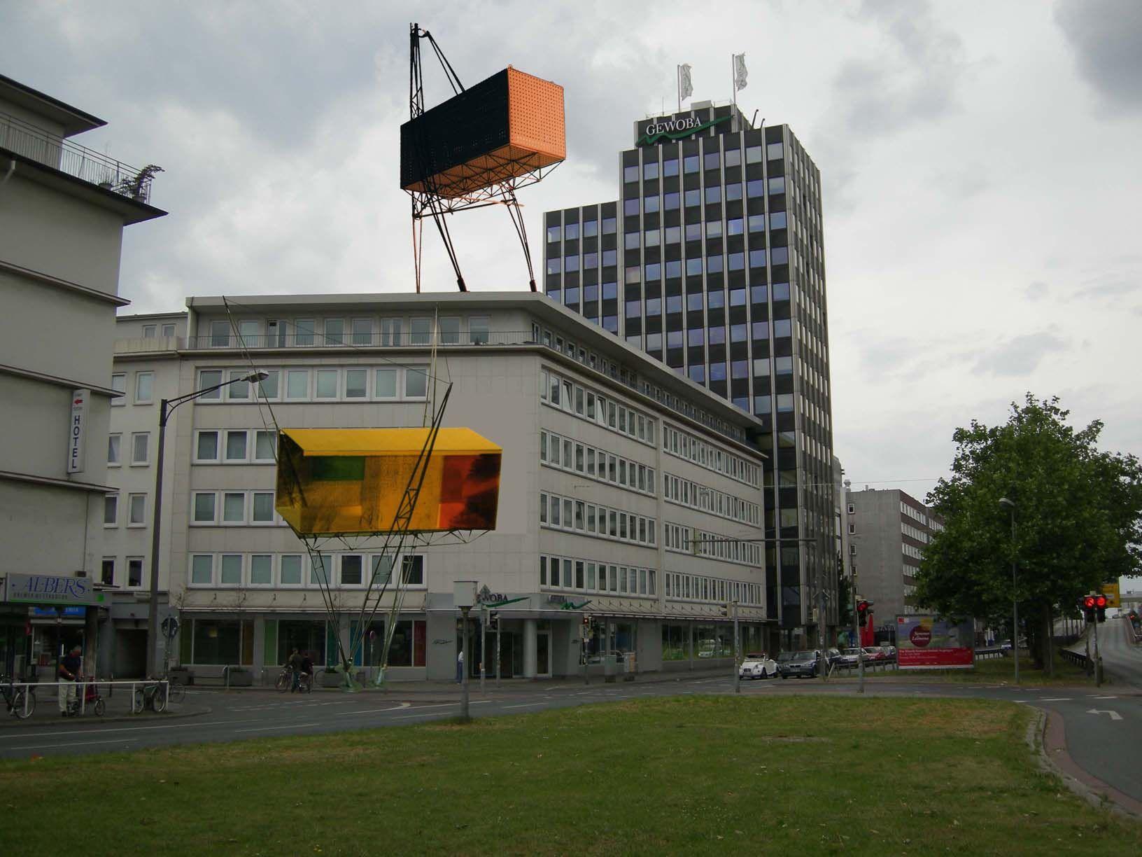 Sandra Fox , Das dynamische Haus, 2001, Quelle: S. Fox